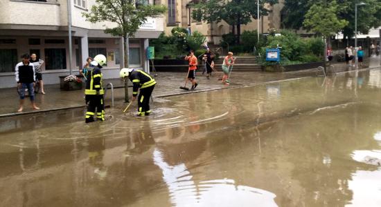 Hochwasser Reutlingen Feuerwehr